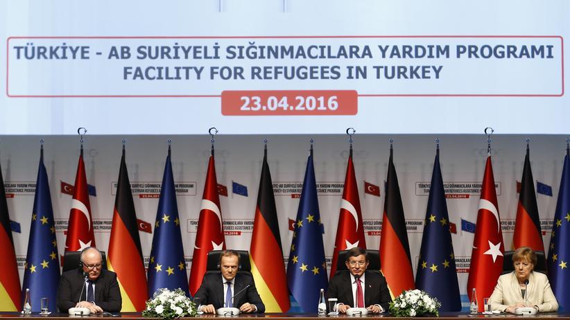 Türkei soll offenbar mehr Zeit für die Erfüllung der Bedingungen für Visafreiheit bekommen.