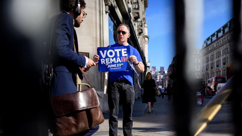 Brexit-Referendum: Aktivisten machen in London Werbung für die Pro-EU-Kampagne