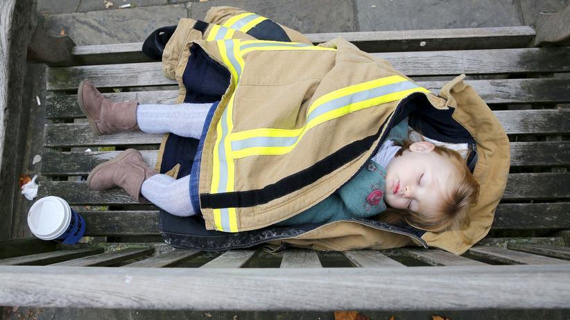 EuGH: Ein Kind schläft auf einer Bank in London