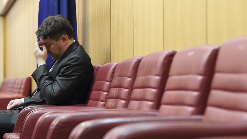 Kroatien: Auch seine Zeit in der Regierung ist beendet: Kroatiens bisheriger Finanzminister Boris Lalovac im Parlament in Zagreb.