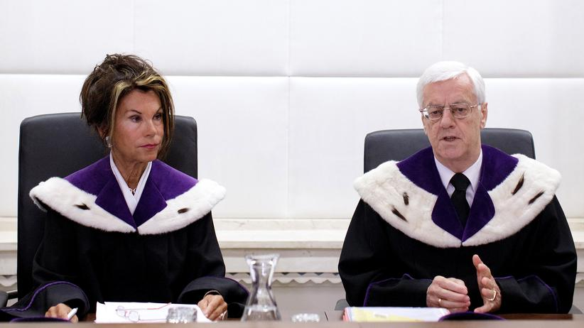 Österreich: Dem Verfassungsgericht in Wien werden immer Fehler bei der Stimmenauszählung zur Präsidentschaftswahl berichtet.