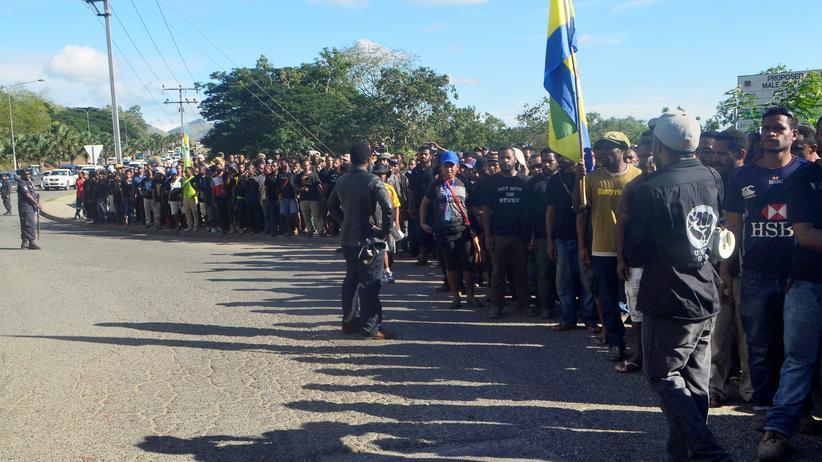 Port Moresby: Polizei in Papua-Neuguinea schießt auf Studenten