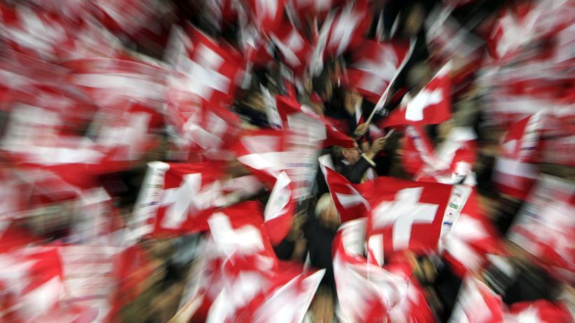 Schweiz Flagge Volksentscheid Politik