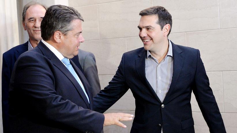 Griechenland: Der griechische Ministerpräsident Alexis Tsipras (r.) und der deutsche Vizekanzler Sigmar Gabriel in Athen
