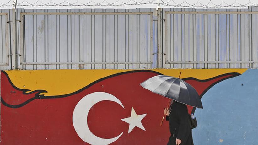 Die Türkei hindert syrische Flüchtlinge mit Visum an der Ausreise nach Deutschland.
