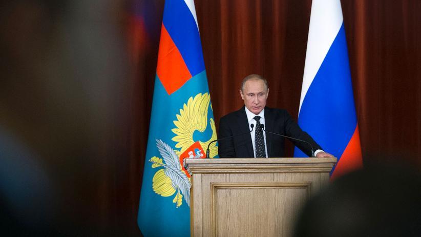 Wladimir Putin: Der russische Präsident Wladimir Putin während einer Rede in Moskau