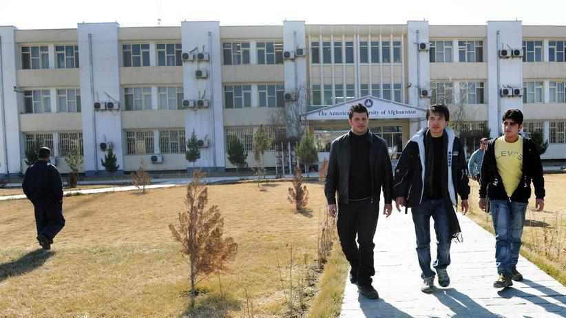 Nemat Sadat: Studenten auf dem Campus der American University in der afghanischen Hauptstadt Kabul