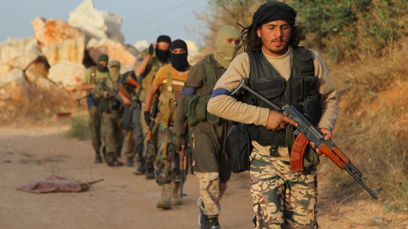 Amnesty International: Kämpfer der Al-Nusra-Front in der syrischen Provinz Idlib