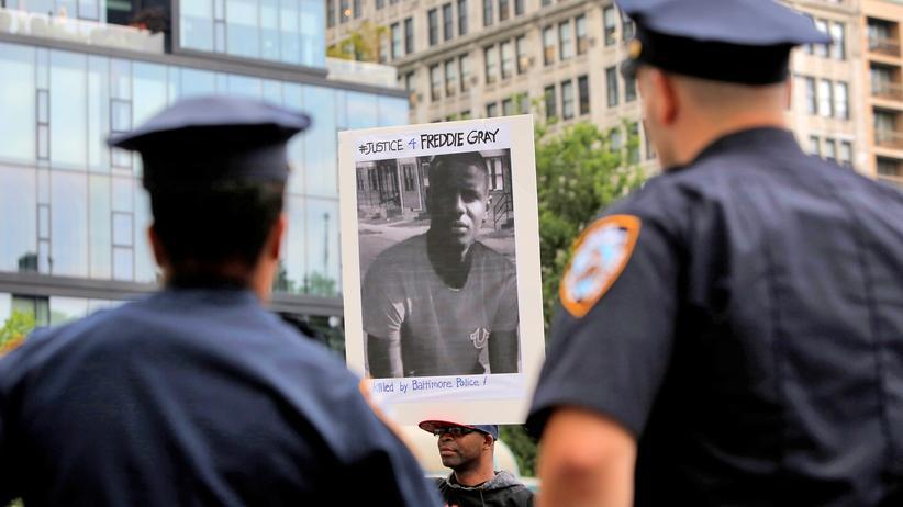 Baltimore: Anklage gegen Polizisten im Fall Freddie Gray fallengelassen