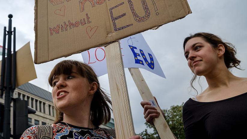 Brexit: May und Leadsom wollen Freizügigkeit beschränken