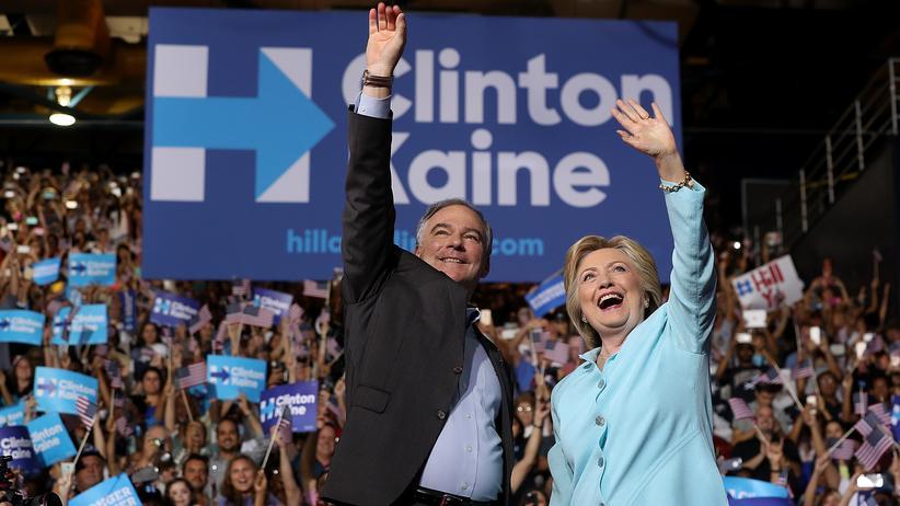 Tim Kaine: Die US-Demokratin und Präsidentschaftskandidatin Hillary Clinton mit ihrem Vize Tim Kaine auf einer Wahlveranstaltung in Florida