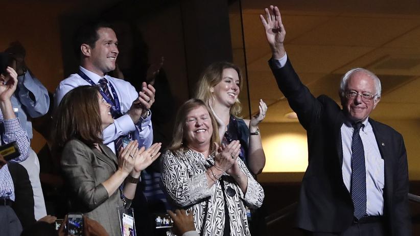 US-Demokraten: Der demokratische Präsidentschaftsbewerber Bernie Sanders beim Parteitag in Philadelphia