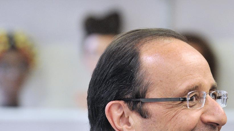 francois-hollande-coiffure