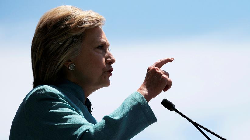 Hillary Clinton entgeht einer Anklage.