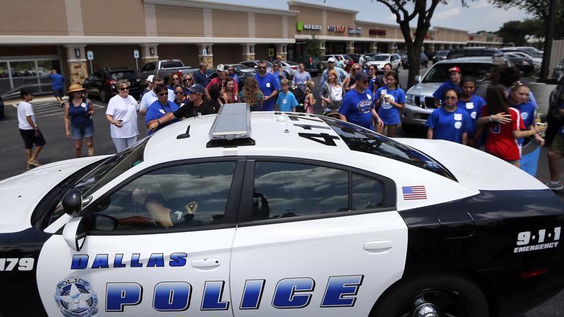 Houston: Demonstranten und Polizei während einer Kundgebung in Dallas