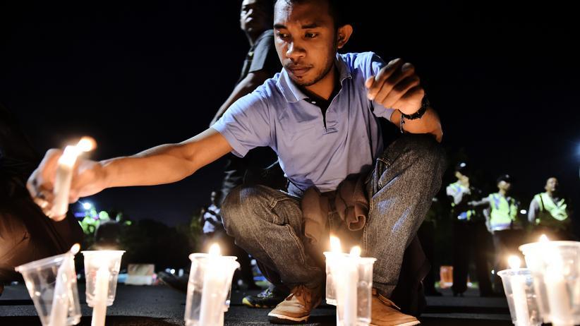 Todesstrafe: Protest gegen die Hinrichtung von Drogenhändlern vor dem Präsidentenpalast in Jakarta