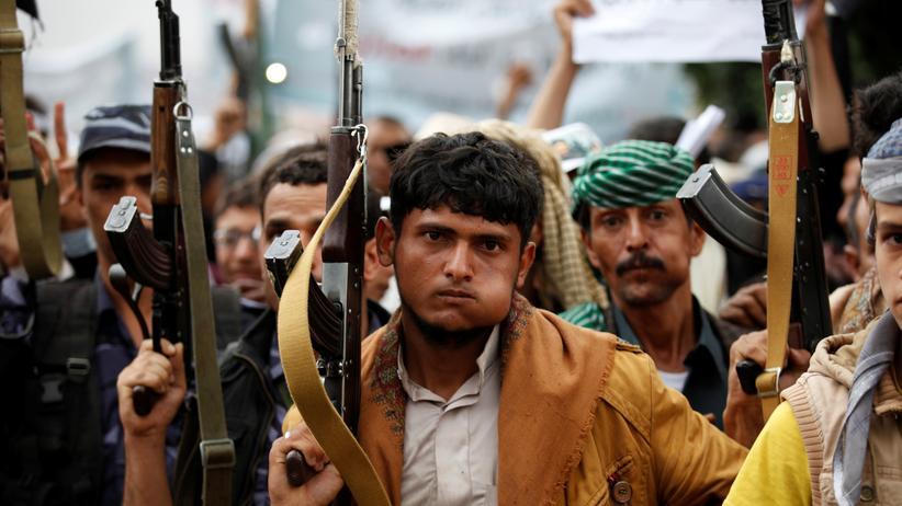 Jemen: Anhänger der Huthi-Rebellen bei einer Demonstration in der jemenitischen Hauptstadt Sanaa