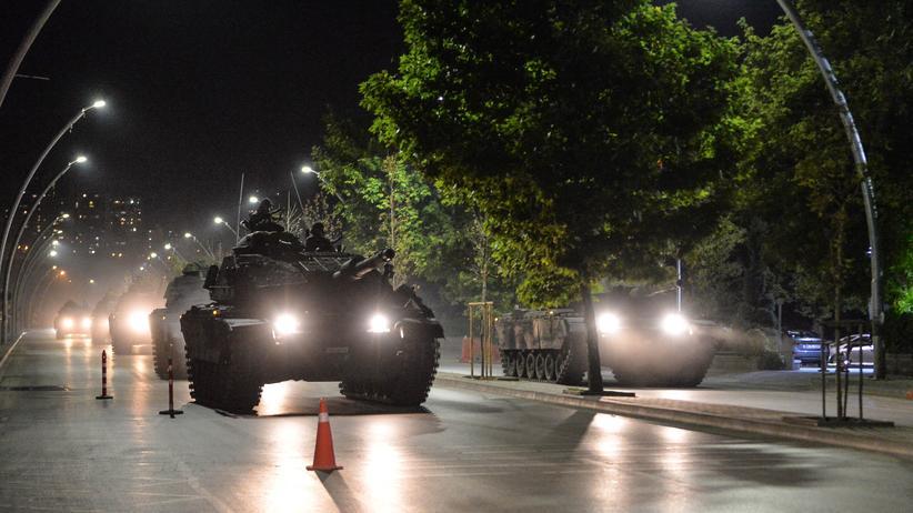 Türkei: Panzer in der Hauptstadt Ankara