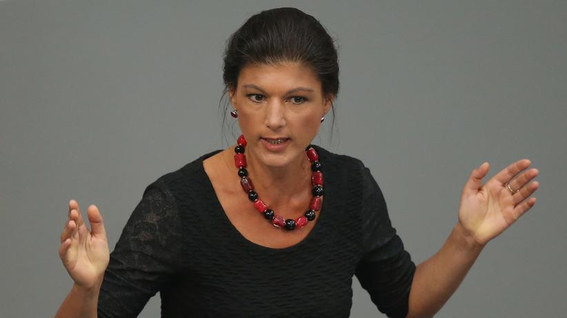Regierungsbündnis: Immer auf hartem Linksaußenkurs: Sahra Wagenknecht bei einer Debatte im Bundestag (Archivbild)