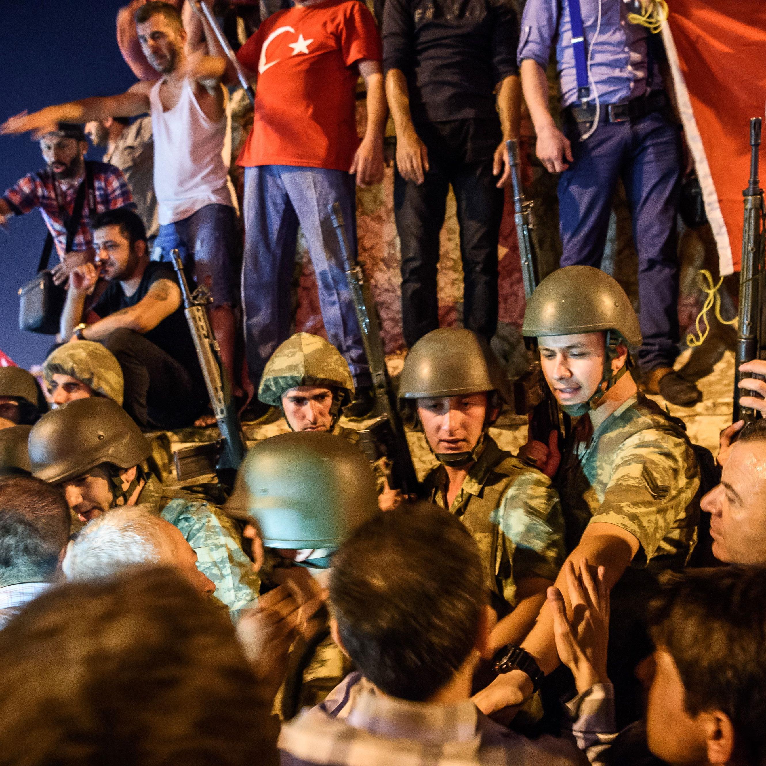 tuerkei, militaer, putsch, was, wir, wissen, erdogan