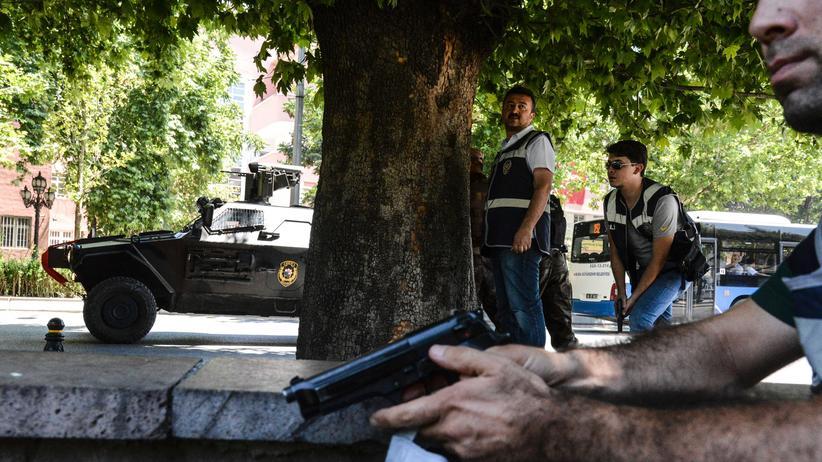 tuerkei, putsch, militaer, merkel, erdogan
