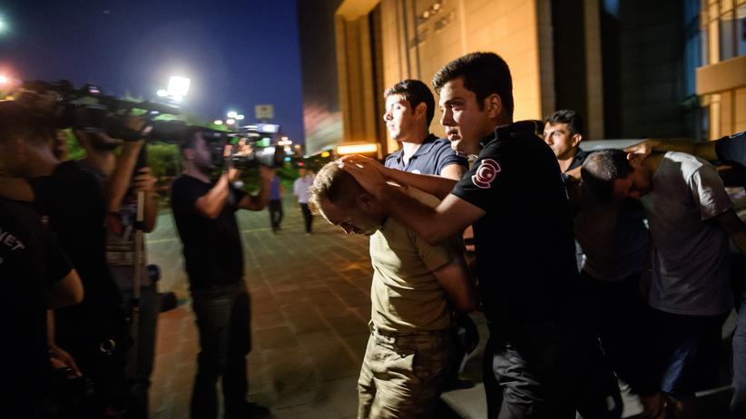 tuerkei, putschversuch, regierung, polizeikraefte, istanbul