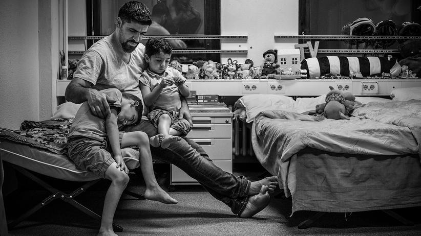 fluechtlinge-integration-probleme-syrien-balkanroute-berlin-asyl-bett