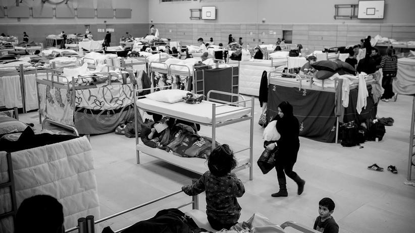 fluechtlinge-integration-probleme-syrien-balkanroute-berlin-asyl-raum