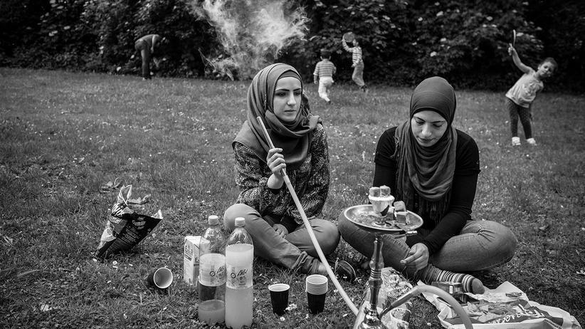 fluechtlinge-integration-probleme-syrien-balkanroute-berlin-asyl-shisha