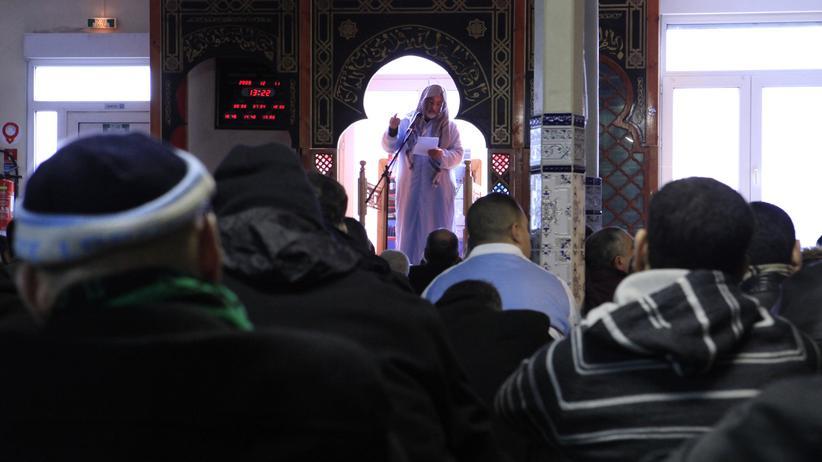 Islam in Frankreich: Ein Imam in einer Moschee im nordfranzösischen Roubaix