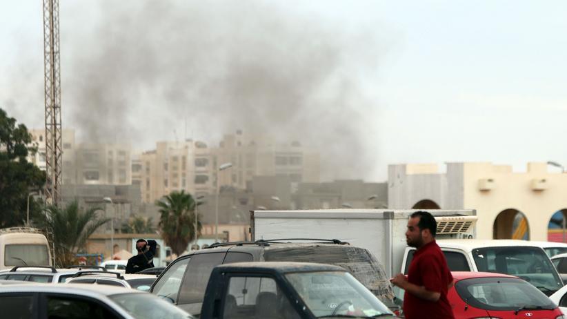 libyen, selbstmordanschlag, bengasi, militaer