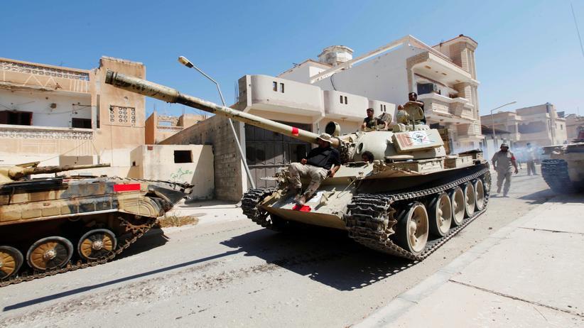 Libyen: Libysche Truppen in Sirte