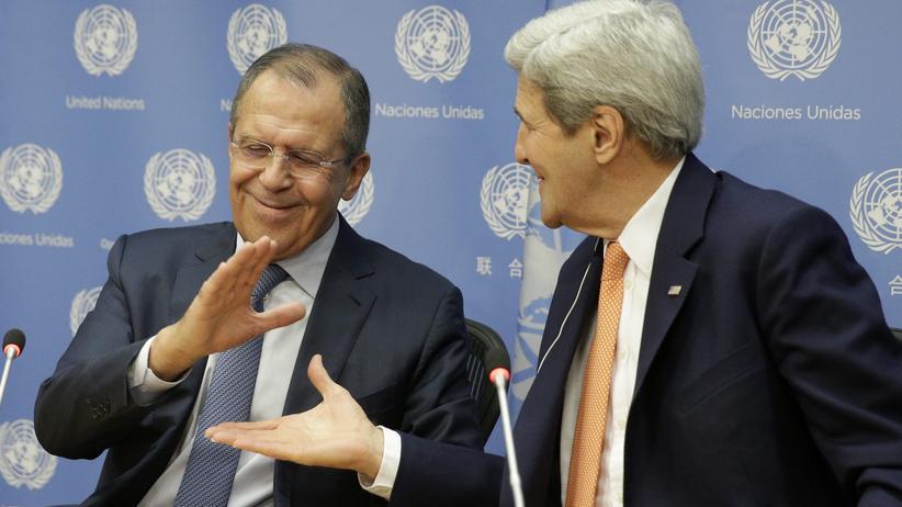 Syrien: Der russische Außenminister Sergej Lawrow (links) und sein US-Amtskollege John Kerry haben sich bei einem Treffen in Genf über Schritte für eine Waffenruhe in Syrien geeinigt.