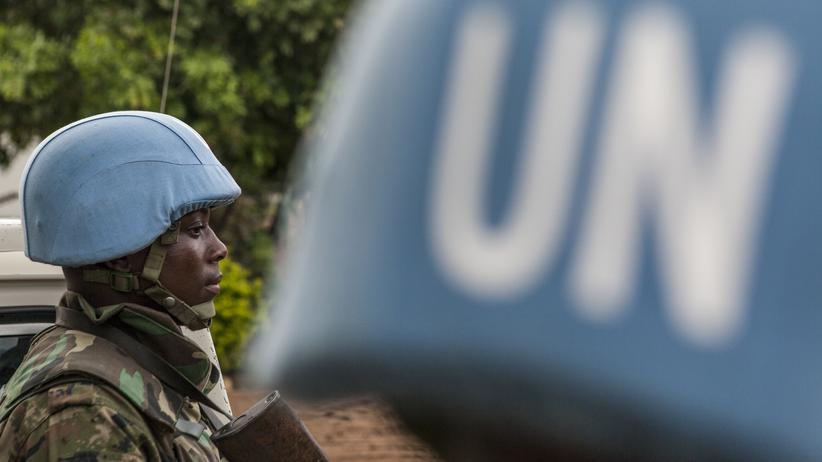 Bürgerkrieg: Ein UN-Blauhelmsoldat in einer Basis in Malakal im Südsudan.