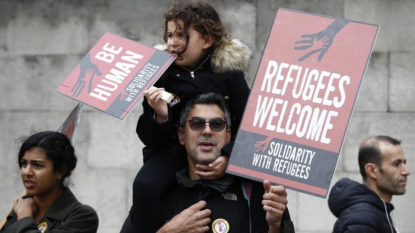 Flüchtlingstag: Menschenrechtsorganisationen haben die EU für ihre Flüchtlingspolitik scharf angegriffen.