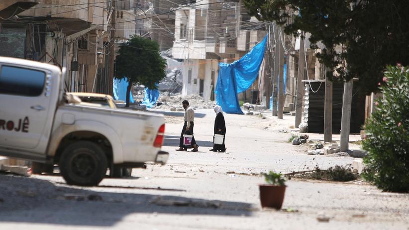 Für die Überlebenden in Aleppo wird die Lage immer schwieriger.