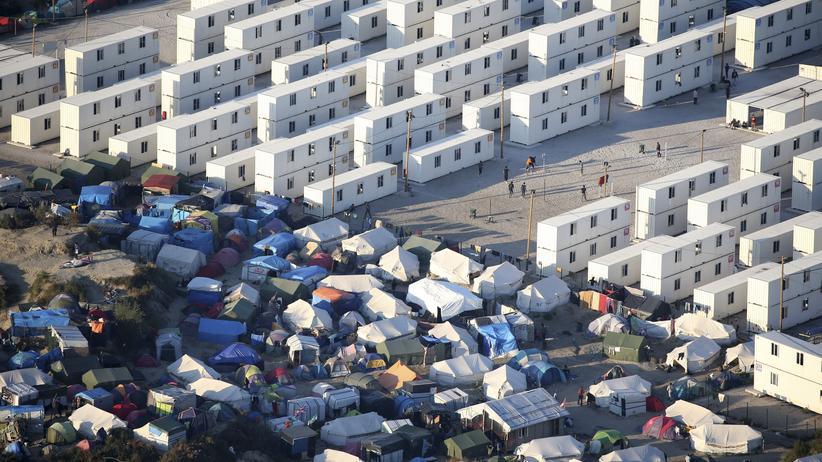 """Frankreich: Das auch als """"Dschungel"""" bekannte Flüchtlingslager von Calais ist aufgrund seiner schlechten hygienischen Zustände berüchtigt."""