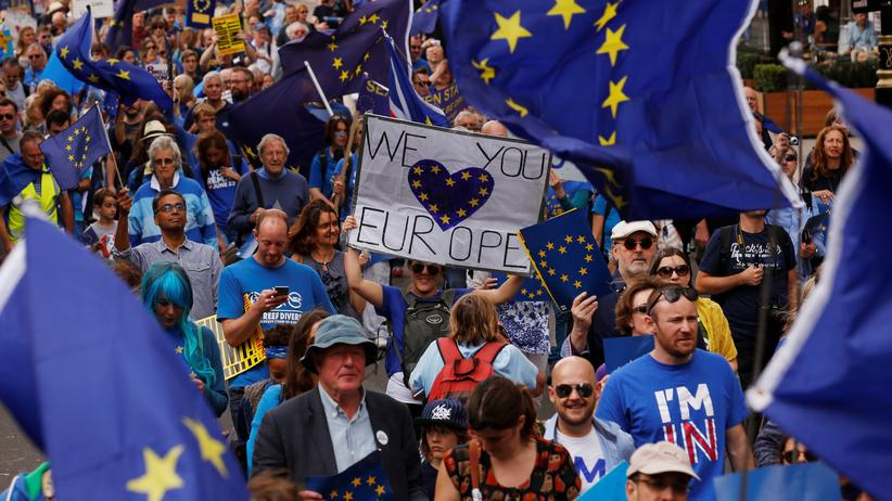 """Brexit: Pro-europäische Demonstranten beim """"Marsch für Europa"""" in London"""