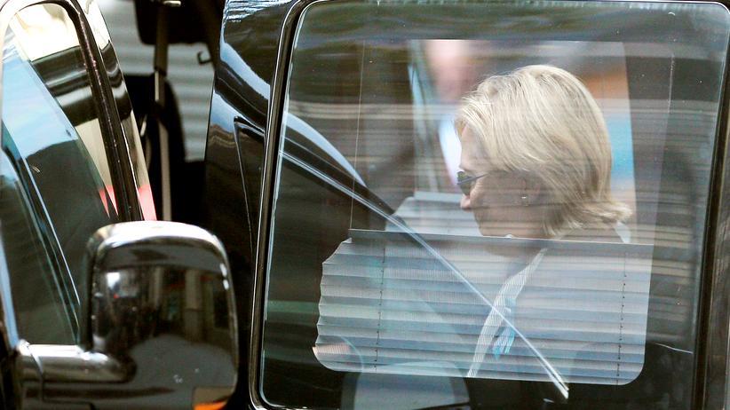 """Presseschau Hillary Clinton: """"Die Alternative ist ein übergewichtiger, 70 Jahre alter Mann"""""""