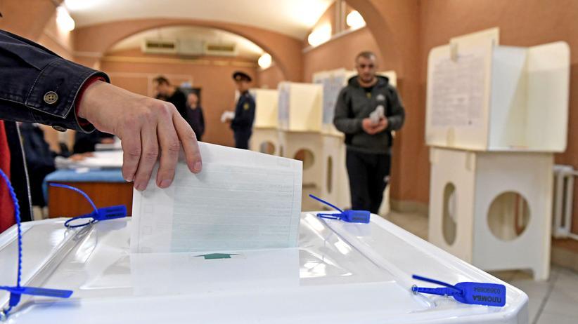 Parlamentswahl: Verdacht auf Wahlbetrug in Russland
