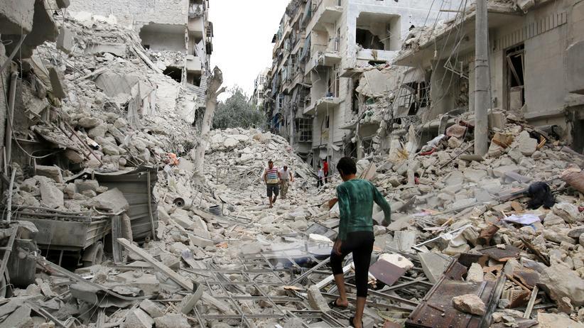 Zerstörte Viertel nach Luftangriffen in Aleppo