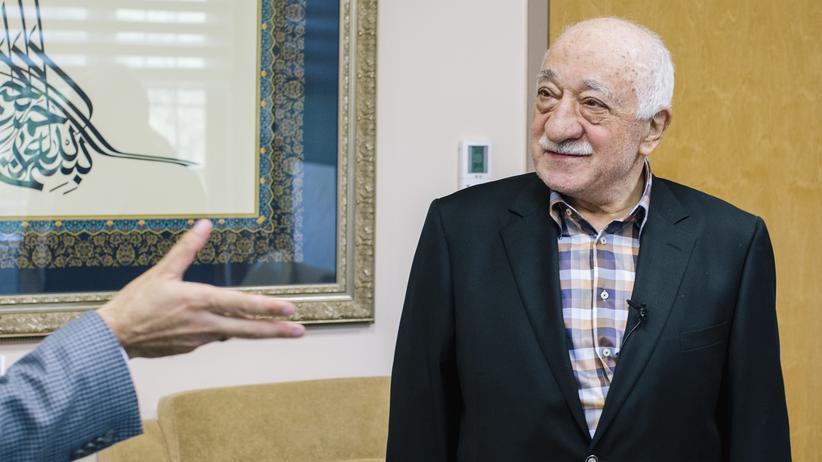 """Türkei: Fethullah Gülen beim Gespräch mit der ZEIT, """"El País"""" und der dpa in seinem Anwesen in Saylorsburg, Pennsylvania"""