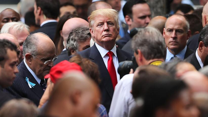 US-Wahl: Präsidentschaftskandidat Donald Trump (M.)