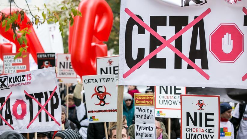 Hören, was bewegt: Ceta-Ultimatum, Ultimo für Spanien, Piraten auf Island