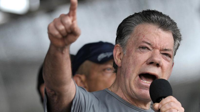Juan Manuel Santos: Friedenspreis für den Kriegsminister