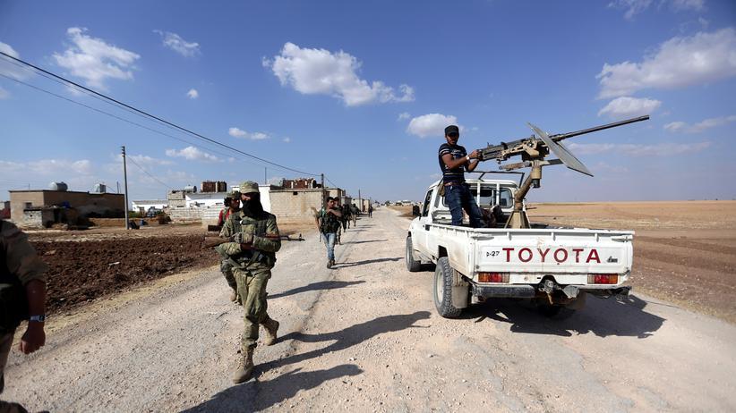 Terror: Rebellentruppen in der Nähe der Stadt Asas, Syrien