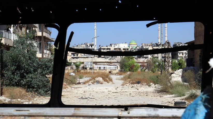 Syrien: Assad-Regime öffnet Fluchtkorridor aus Aleppo