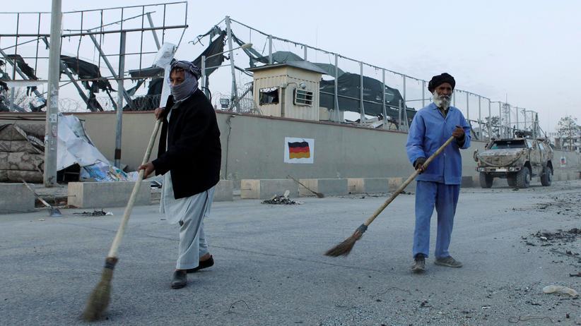 Masar-i-Scharif: Taliban greifen deutsches Konsulat in Afghanistan an