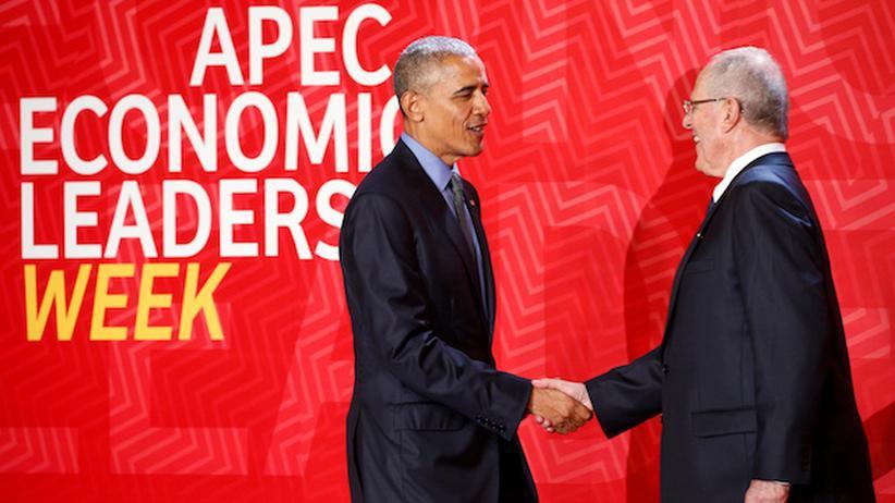Apec-Gipfel: Obama schüttelt die Hand von Perus Präsidenten Pedro Pablo Kuczynski