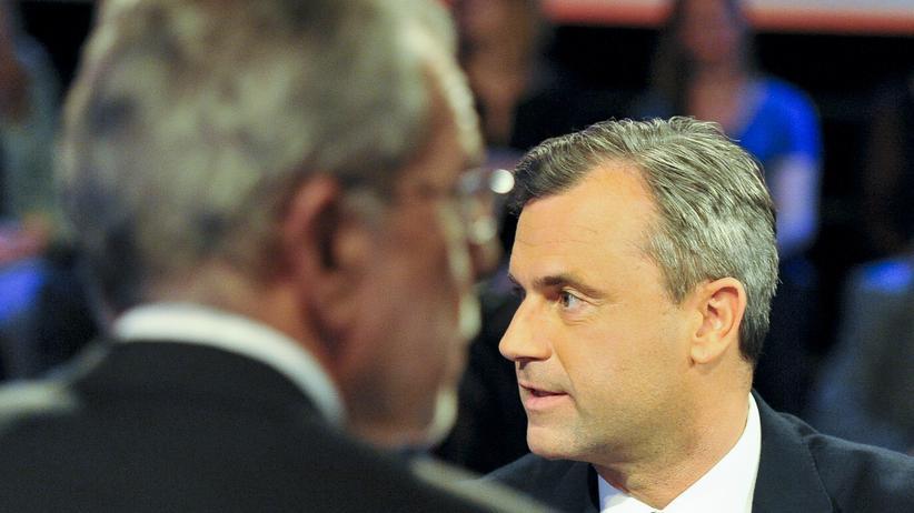 Österreich: Alexander Van der Bellen und Norbert Hofer repräsentieren zwei äußere Positionen im politischen Spektrum.